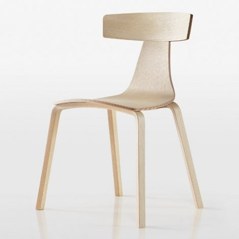 Remo Chair wooden legs